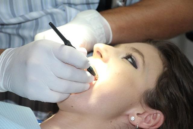 Quais os riscos de alergias na odontologia
