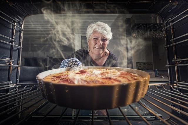 Torta de acelga e bacon sem glúten